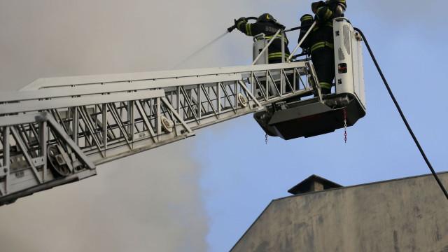 Casal de idosos morre em incêndio na Baixa da Banheira