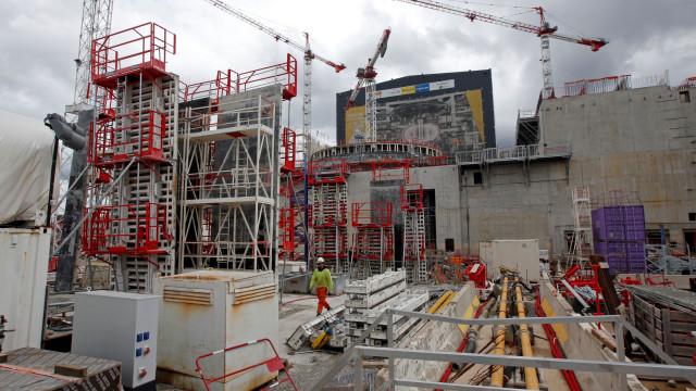 Produção na construção acelera para variação homóloga de 4,0% em junho
