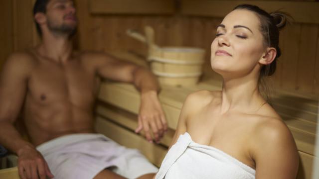 Entenda como uma ida regular à sauna pode evitar risco de doenças fatais