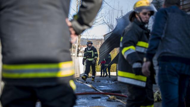 Incêndio em apartamento em Braga deixou família desalojada