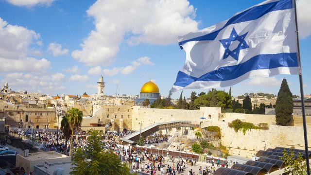 """Netanyahu: """"Consagrámos na lei o princípio básico da nossa existência"""""""