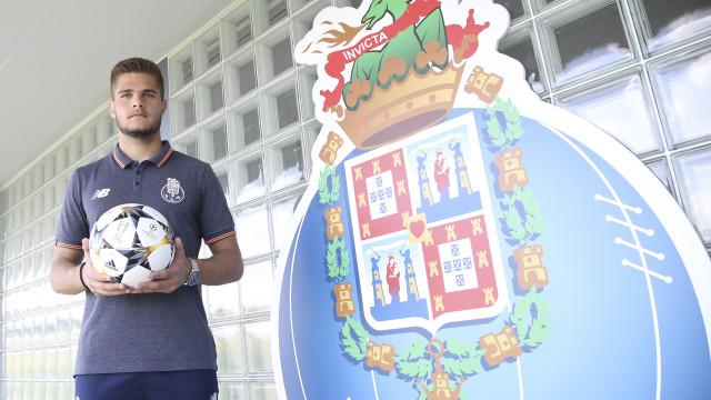 Após Dalot, FC Porto pode perder mais uma 'pérola' oriunda da formação
