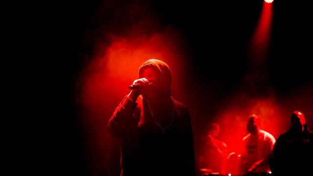 """""""Consegui deixar a realidade na música, sem sequer dar conta disso"""""""