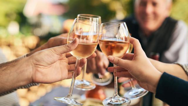 Vinhos de Valados de Melgaço distinguidos no Sommelier Wine Awards