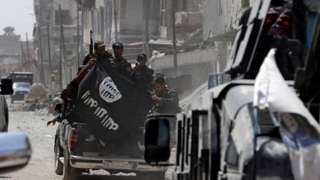 """Estado Islâmico será derrotado em """"algumas semanas"""" no leste da Síria"""