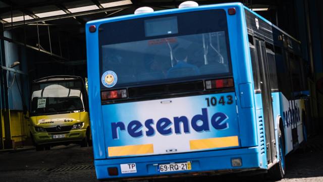 Autocarro da Resende incendiou-se em Valongo
