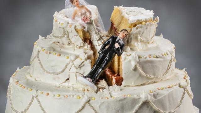 Portuguesa suspeita de organizar centenas de casamentos falsos na Irlanda