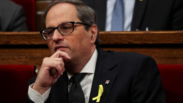 Presidente da Catalunha adia posse devido a bloqueio de Madrid