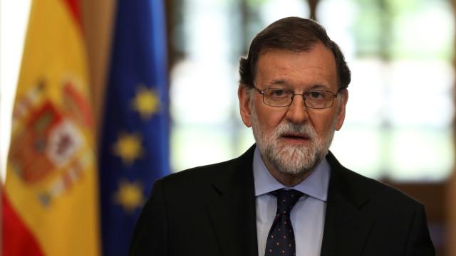 """Catalunha: Rajoy quer executivo regional viável e que """"cumpra a lei"""""""