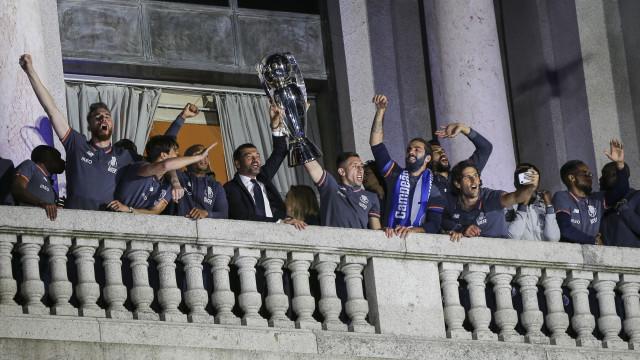 Rio não comenta regresso do FC Porto à varanda da Câmara