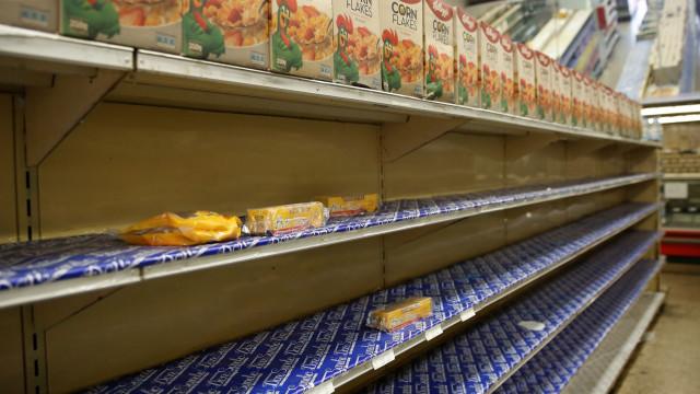 Empresa Kellogg cessa operações e deixa venezuelanos sem cereais