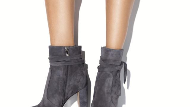 Conhece este truque para limpar sapatos ou botas de camurça?
