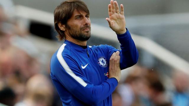 Chelsea oficializa a saída de Antonio Conte