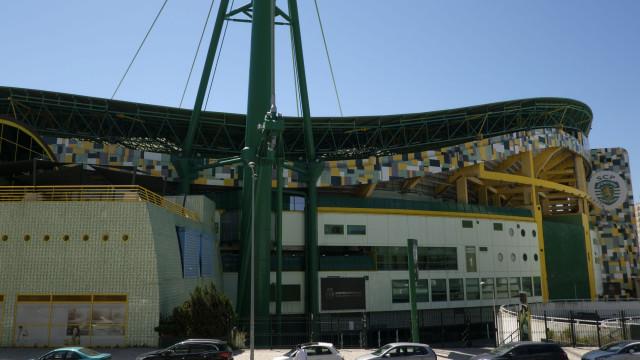 UEFA pune Sporting e limita lotação do estádio de Alvalade