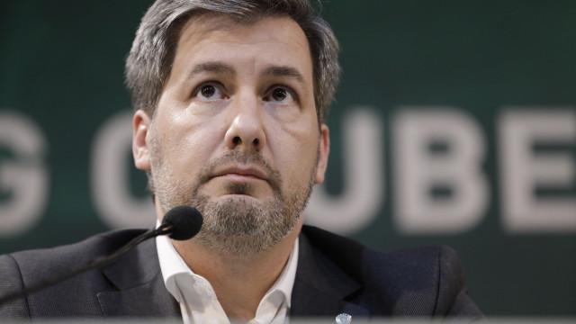 Bruno de Carvalho diz-se presidente do Sporting, mas mantém eleições