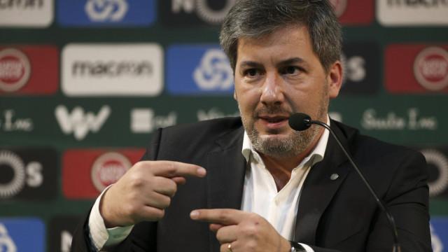 """Bruno de Carvalho explica alteração na lista: """"O candidato serei eu"""""""