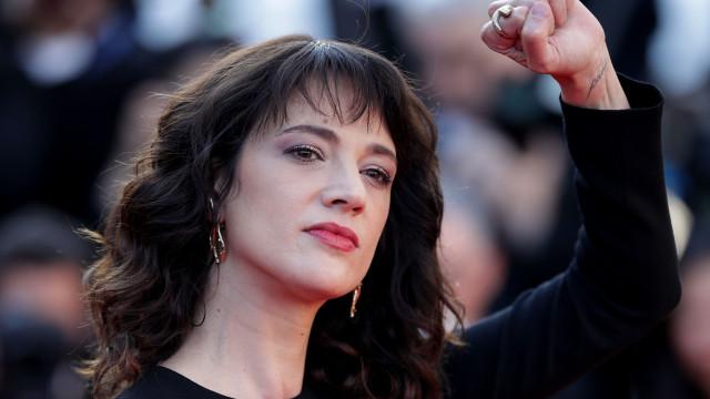 """Asia Argento emociona Cannes: """"Fui violada por Harvey Weinstein aqui"""""""