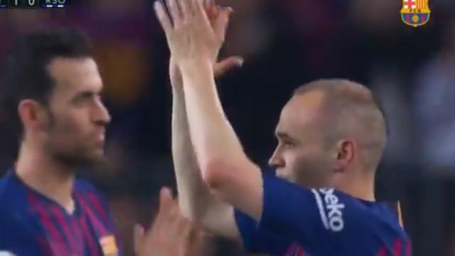 O minuto que Iniesta nunca mais vai esquecer: O adeus ao Barcelona