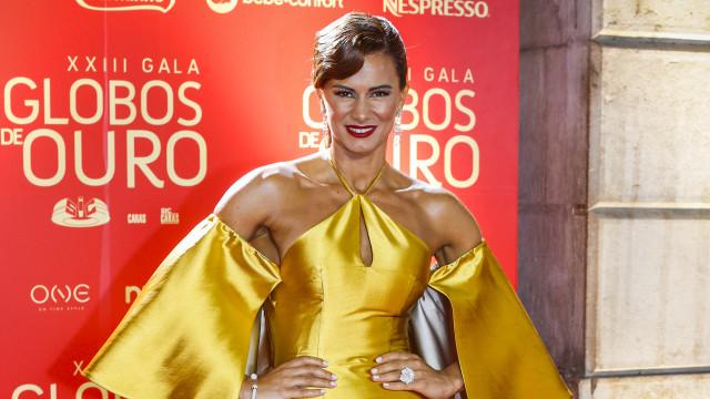 """""""Fica tão bem"""": Cláudia Vieira surpreende com arrojada mudança de visual"""