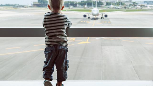 Alemanha multa pais que levem filhos de férias antes de fim de aulas