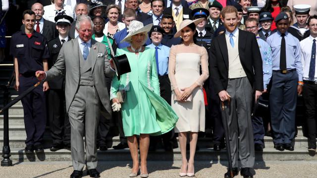 Porque é que Kate e William faltaram ao aniversário do príncipe Carlos?