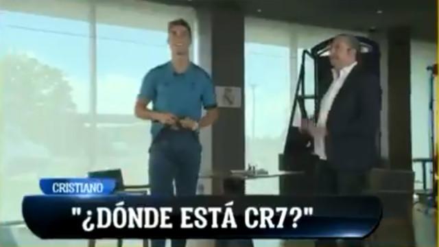 Cristiano Ronaldo terminou uma entrevista a cantar