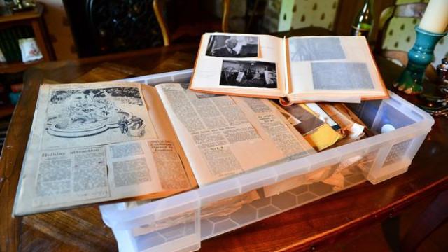Escritor entra em coma depois de mexer em documentos com 100 anos