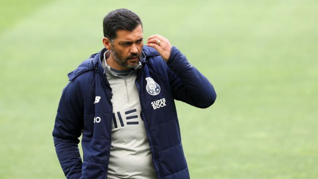 Sérgio Conceição com uma novidade no treino