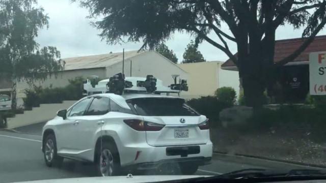 Carro autónomo da Apple foi novamente visto em público