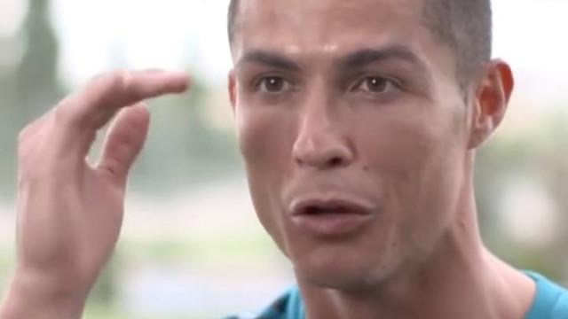 Ronaldo diz que é diferente de Salah e explica porquê