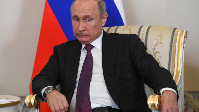 Putin garante que Kim Jong-un cumpriu todas as promessas que fez