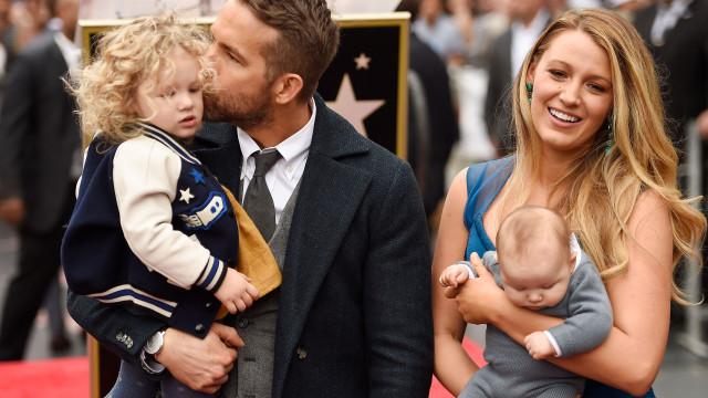 Ryan Reynolds 'proibiu' filhas de o irem ver aos bastidores de 'Deadpool'