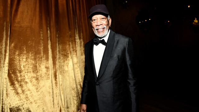 """""""Olho para ti e babo-me"""": Vídeo mostra Freeman a 'meter-se' com repórter"""
