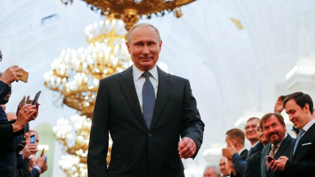 """""""É claro que não"""" era russo o míssil que abateu o MH17. Palavra de Putin"""