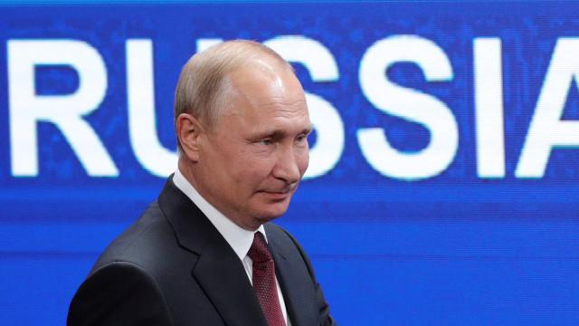 Putin falhou o segundo jogo da Rússia no Mundial. Eis o porquê