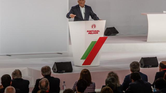 """Costa pede a socialistas """"enorme responsabilidade"""" e cultura de Governo"""