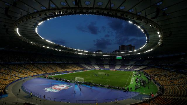 Ultras russos entre detidos por agressões antes de final da Champions
