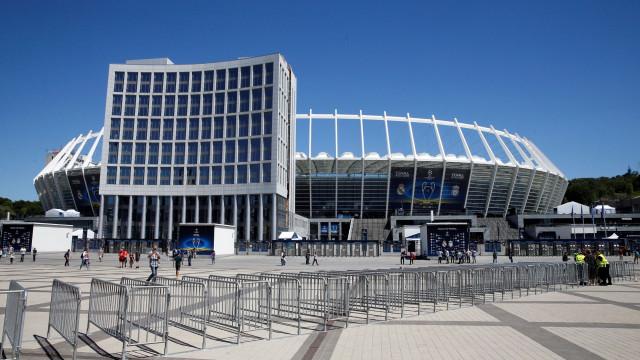 Cinco estações de metro encerradas em Kiev devido a ameaça de bomba