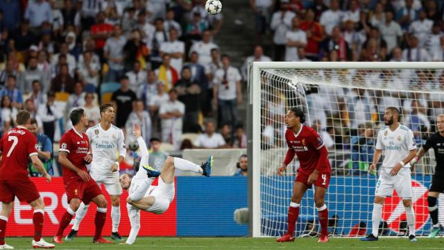 Bale 'reclama' prémio Puskas pela bicicleta na final da Champions