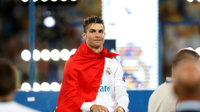 Nápoles já reagiu a rumor de que Ronaldo lhes tinha sido oferecido