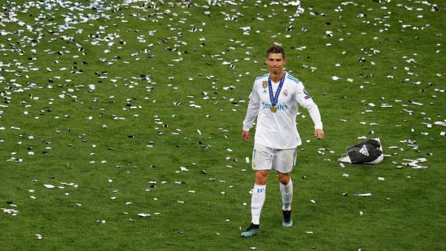 """Balneário do Real Madrid perplexo com CR7: """"Se tivesse marcado..."""""""