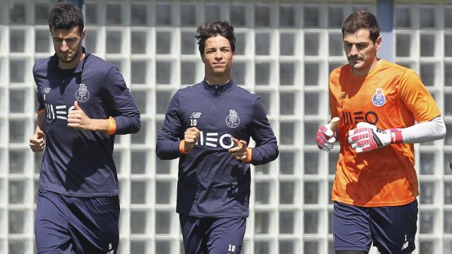 Óliver elogia Marcano e diz que Casillas encontrou a paz no Porto