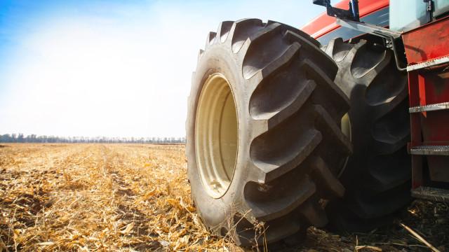 Homem morre em Tarouca num acidente com trator agrícola