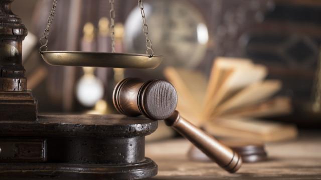 Juiz acusado de violência doméstica sentenciado na segunda-feira