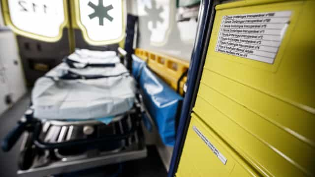 Jovens com intoxicação estavam alojados em edifício de instituição