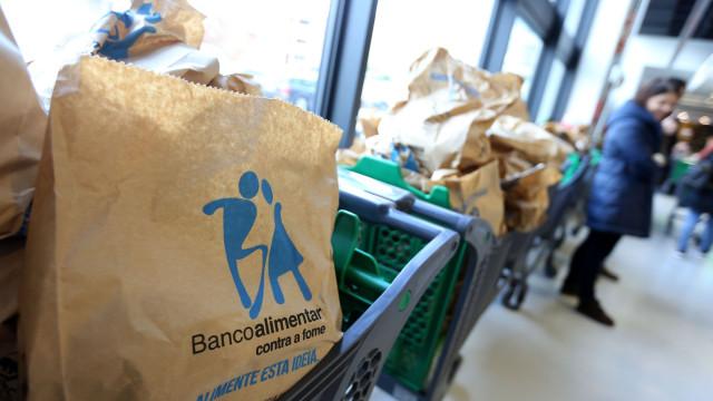 Banco Alimentar recolhe 1.059  toneladas de alimentos no primeiro dia