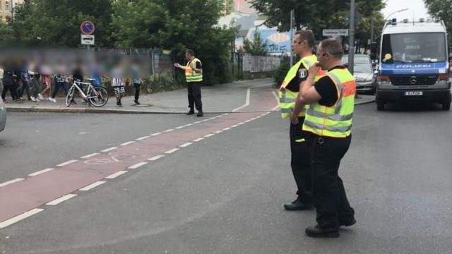 """""""Situação perigosa"""" leva polícia a fechar escola primária em Berlim"""