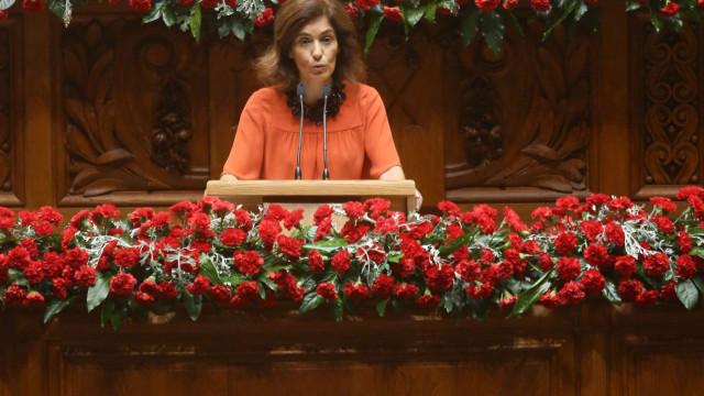 """CDS pede que Governo """"apresente um plano alargado"""" sobre professores"""
