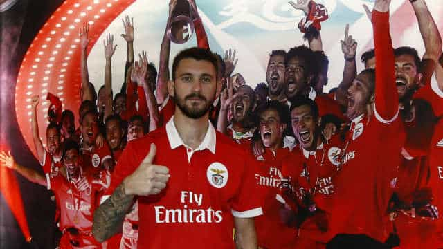 Ex-Sporting determinante na chegada de Ferreyra para o... Benfica