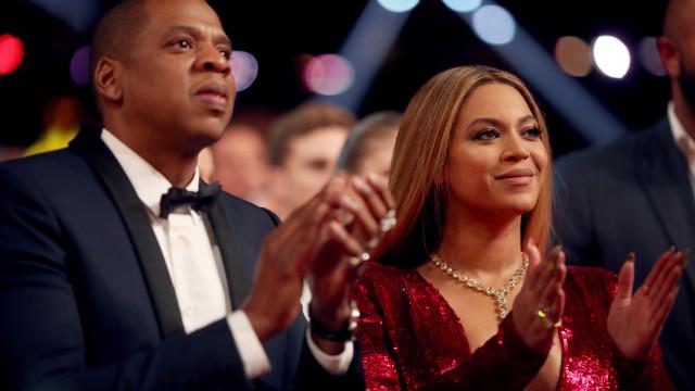 Ela disse sim (outra vez): Beyoncé e Jay-Z renovaram votos de casamento